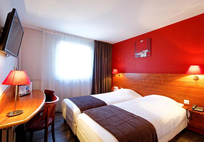 hotel-kyriad-rouen-centre-ville-chambre-confort-restaurant-salon-seminaire-16-chambre-double-twin-700x485
