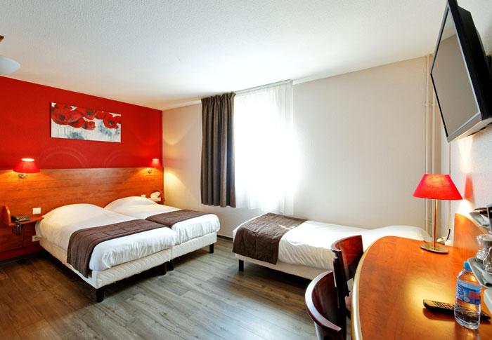 hotel-kyriad-rouen-centre-ville-chambre-confort-restaurant-salon-seminaire-17-chambre-triple-700x485