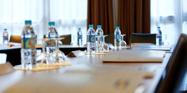 hotel-kyriad-rouen-centre-ville-chambre-confort-restaurant-salon-seminaire-31-seminaire-rect2-600x300